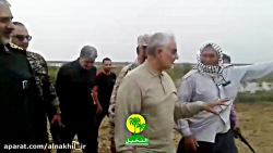فیلم کامل حضور حاج قاسم سلیمانی در مناطق سیل زده خوزستان - 2