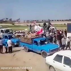 استقبال گرم مردم سیل زده شهر حمیدیه خوزستان از عراقی ها