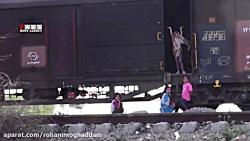 فیلم | سیلزدگانی که در قطار زندگی میکنند!