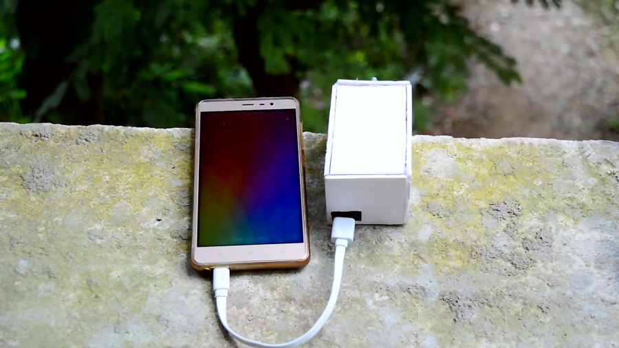 How to Make a Hand Powered USB Mobile Charger - Portable USB Mobile Charger