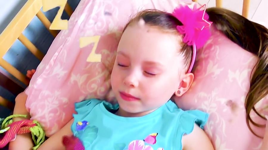 برنامه کودک: آلیس به شکل عروسک های مارینت و لیدی باگ