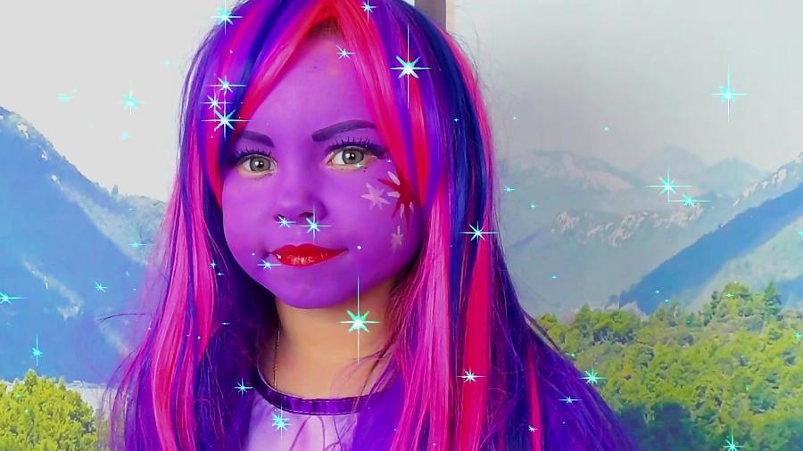 برنامه کودک: آلیس خودشو به شکل دختر پونی کوچولو درمیاره