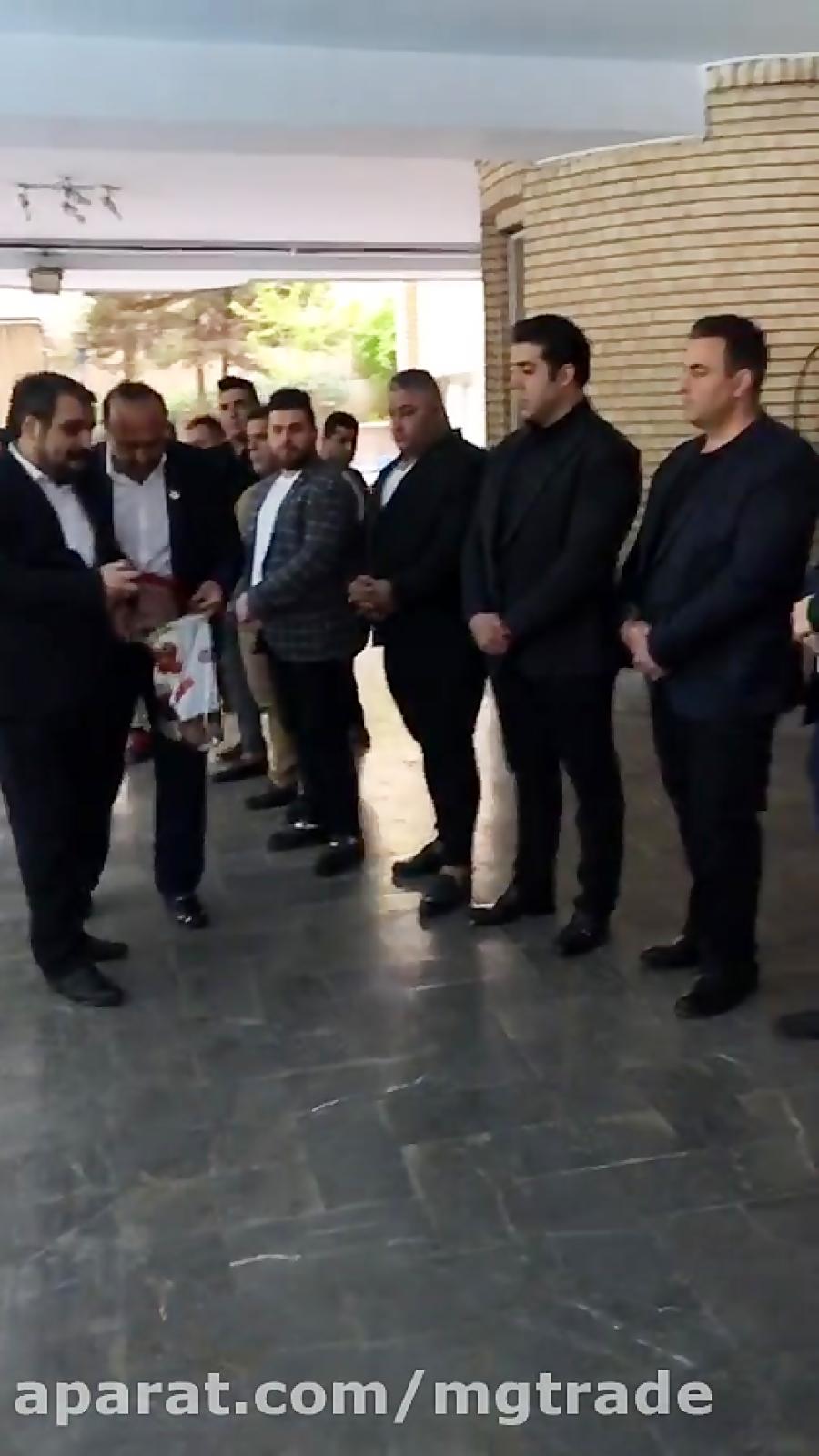 محمور قراچورلو به همراه قویترین مردان ایران دهمین همایش ملی قهرمانان