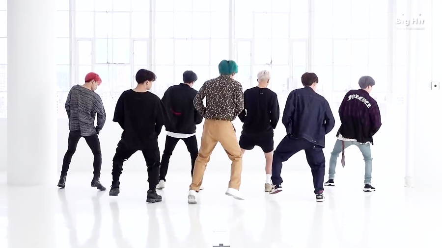BTS (Boy With Luv)' Dance Practice