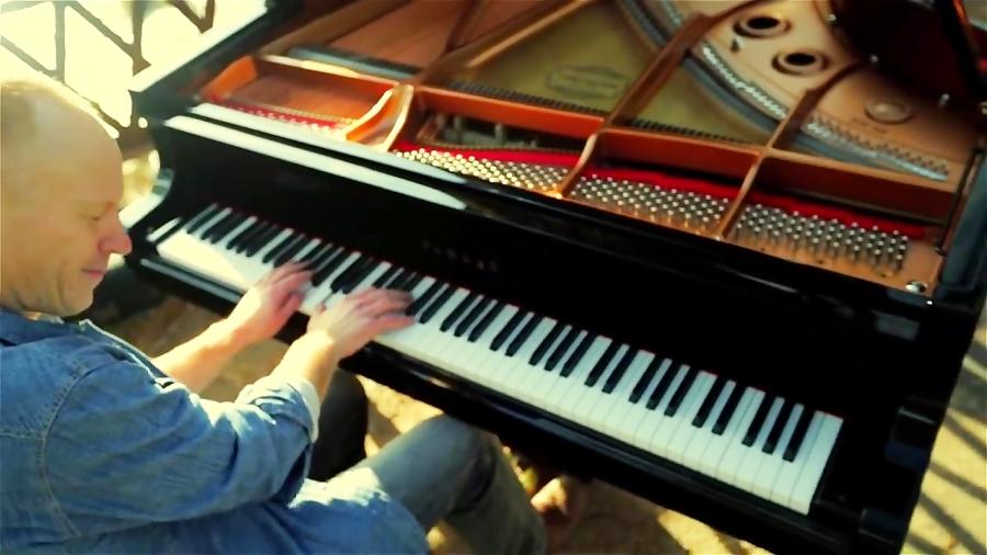 موزیک ویدئو گروه the piano guys با نام Phillip Phillips - Home