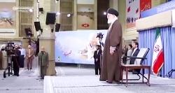 خواندن سرود ملی جمهوری اسلامی ایران توسط رهبر انقلاب