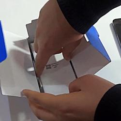 آنباکس گوشی موبایل سامسونگ مدل گلکسی j2 core