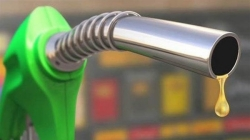 آیا بنزین گران می شود یا نه؟!   توییت نما 14 اردیبهشت 98 #بنزین