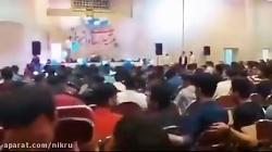 در اقدامی عجیب صدای یک خواننده زن در مراسم یکی از دانشگاههای کشور پخش شد!