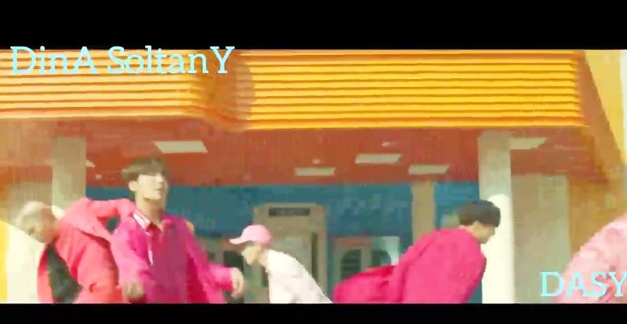 موزیک ویدیو Boy With Luv از BTS با زیرنویس پارسی