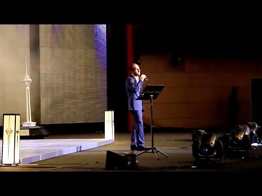 Hasan Reyvandi | هیجان و شادی در شو حسن ریوندی ( کنسرت خنده ) طنز و شادی