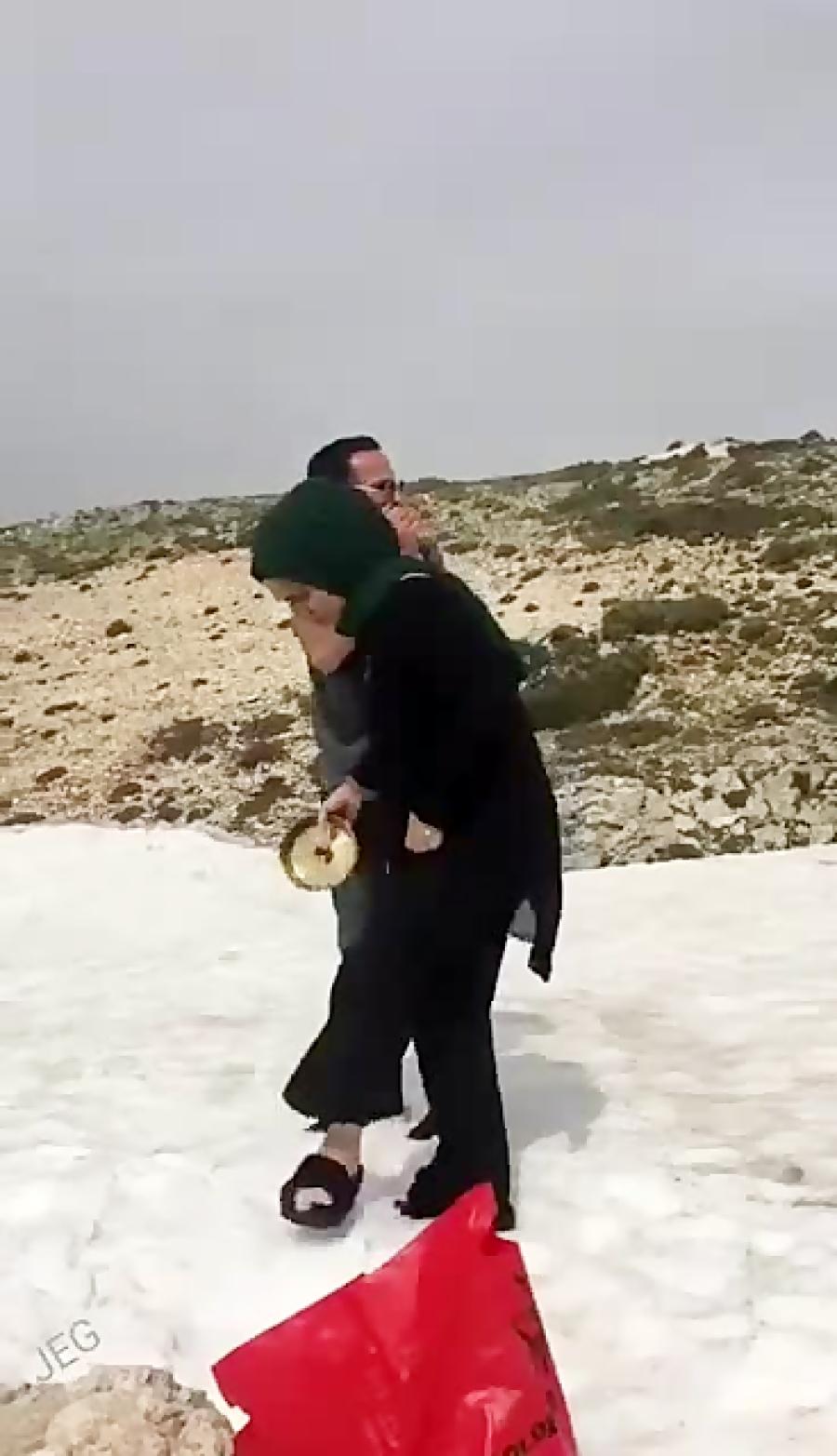 افتادن بچه ۲ساله عربستانی!