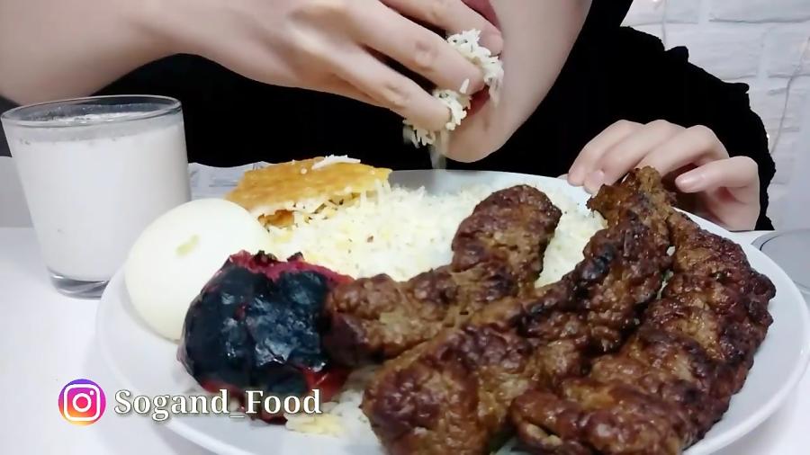 خوردن کبآب کوبیده با سوگند فوود   آسمر ایرانی