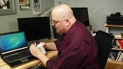 آموزش تعمیرات کامپیوتر تمیز کردن و تعمیر کیبرد لپ تاپ از طری