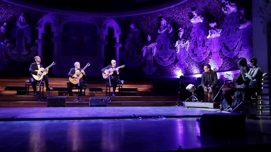 اجرای Entre dos Aguas پاکو د لوسیا از گروه Barcelona Guitar Trio | گیتار فلامنکو