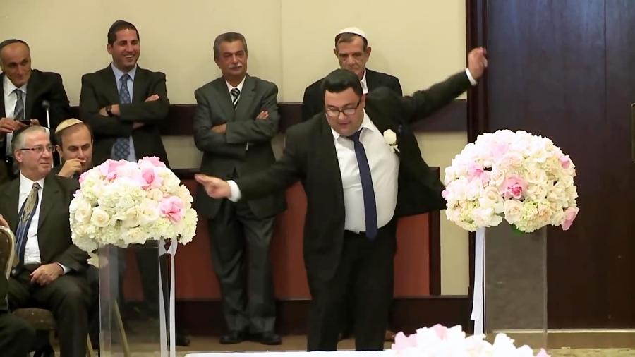 رقص داماد در عروسی
