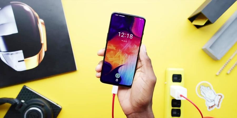 نگاهی به گوشی OnePlus 7