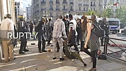 درگیری شدید جلیقه سیاه ها با پلیس فرانسه