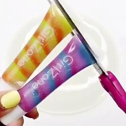 رنگ کردن اسلایم با چسب اکلیلی!!