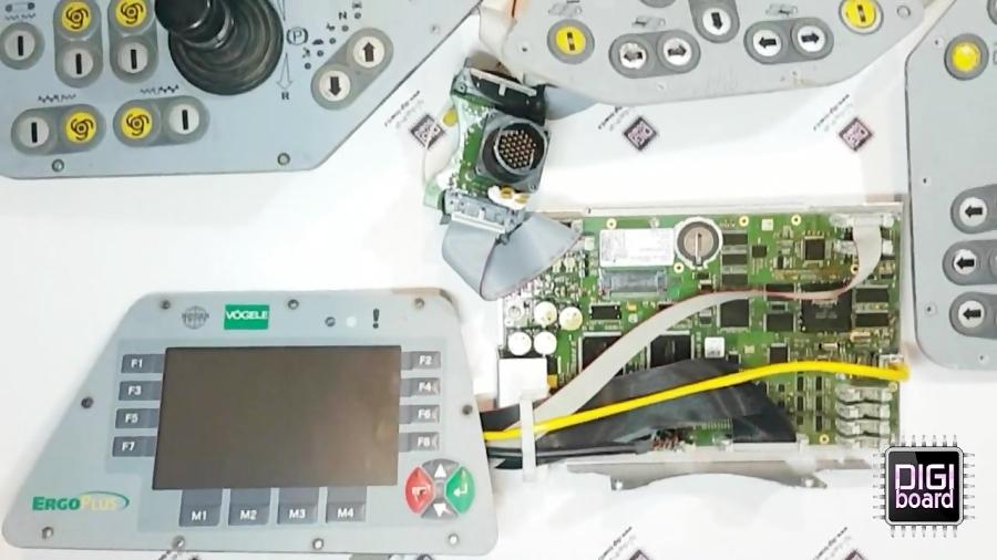 تعمیر کنترلر ماشین فینیشر آسفالت فوگل VOGELE