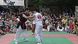 مبارزه دو سبک رزمی تکیون و کاپوئرا در کره جنوبی 3