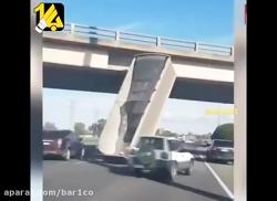 باز شدن بارگیر کامیون