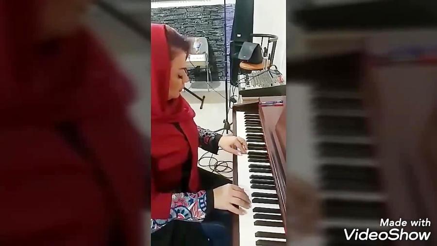 تدریس پیانو ،گیتار و کیبورد و خوانندگی در کرج