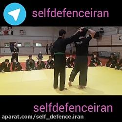 آموزش دفاع شخصی رهایی م...