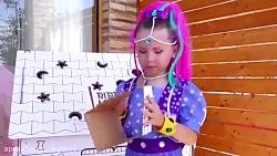 بازی و نقاشی آلیس در خا...