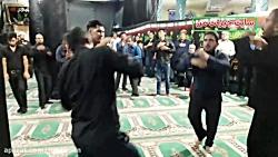 مراسم سینه زنی در مسجد ...