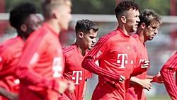 رئیس جمهور بایرن مونیخ تیم را به عنوان قهرمان برتر اعلام کرد