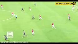 مدافعانی که با یک حرکت تکنیکی از جریان بازی محو شدند!