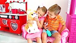 بازی دیانا و روما با عروسک حیوانات