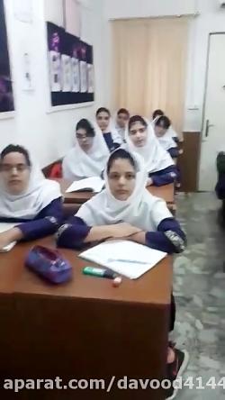 تدریس فارسی به روش بارش فکری در کلاس ششم دبستان باران اندیشه