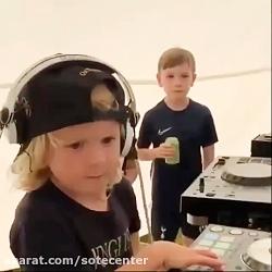دی جی کودک این پسر بچه ه...