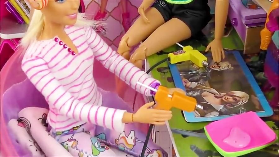 ساخت وسایل برای عروسک باربی، هدفون،صابون و لوازم آرایشی