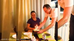 جشن تولدی در میان خانواده ی روس
