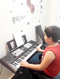 آموزشگاه موسیقی نوای خ...