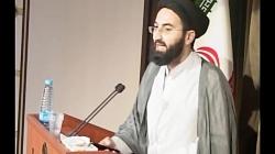 خواندن شعر سیاسی انتقادی توسط روحانی جوان