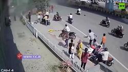سقوط ناگهانی و وحشتناک یک ماشین از آسمان در هند