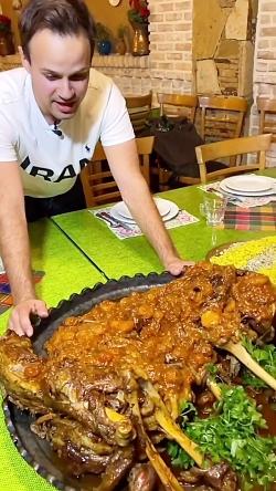 بره شکم پر مازنی رستوران آسو ایزدشهر