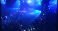 امیر تتلو اجرای زنده آهنگ ((هر وقت که بودی)) کنسرت بزرگ استانبول