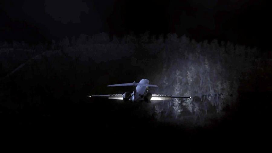 پیام اضطراری - شیب مرگبار - (سقوط هواپیمای Alitalia Flight 404)