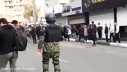 صحبت های پلیس مردمی با مردم معترض