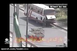 له شدن بین کامیون و اتوبوس (تصاویر واقعی)