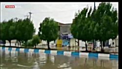 آب گرفتگی خیابان ها و منازل مردم در آبادان