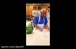 قاچ هندوانه در 20 ثانیه برای شب یلدا