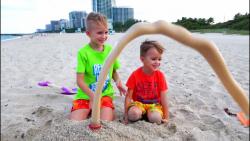 ولاد و نیکی - یک روز سرگرم کننده کنار ساحل و بازی با شن و ماسه جدید