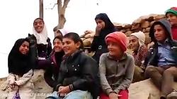 گروه سرود روستایی و گروه سرود انتقادی که دولت و بی تدبیری هایش را به چالش کشید