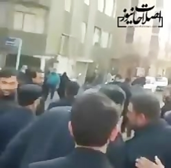 شعارهای تند علیه جهانگیری در مراسم تشییع پیکر سردار سلیمانی در کرمان